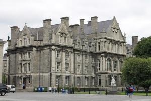 Trinity College :: Graduate Memorial Hall