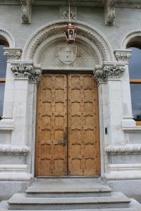 Trinity College :: Doorway to Theatre