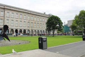 Trinity College :: Fellow's Square