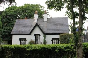 Hmmmm.... House for sale