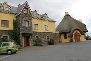 Kirbys Brogue Inn in Tralee town