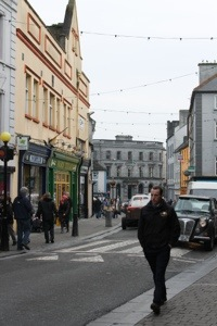 Kilkenny :: Busy Christmas Shoppers